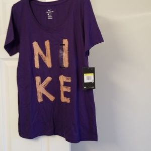 💥2 FOR  $25💥 NWT! ATHLETIC CUT NIKE TEE